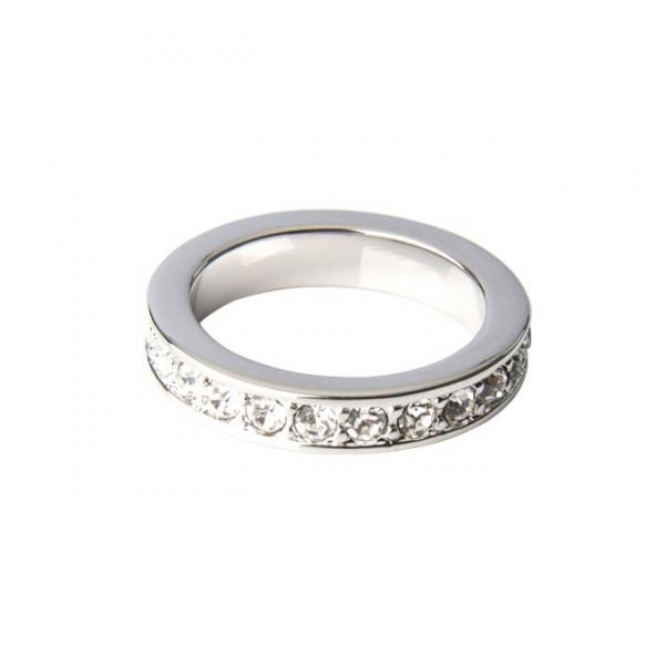 Ring mit weißen Kristallen